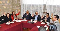 En comisiones unidas de Gobernación y Derechos Humanos del Congreso del Estado, los legisladores aprobaron el calendarioy la mecánica de comparecencias para los aspirantes al Instituto Michoacano de Transparencia, Acceso ...