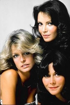 Jaclyn Smith, Farrah Fawcett, and Kate Jackson, the original Charlie's Angels Jaclyn Smith, Beautiful Celebrities, Beautiful People, Kate Jackson, Cheryl Ladd, Actrices Hollywood, Farrah Fawcett, Vintage Tv, Classic Beauty