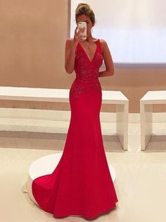 Popular Trumpet/Mermaid V-neck Silk-like Satin with Appliques Lace Sweep Train Red Prom Dresses #UKM020103760
