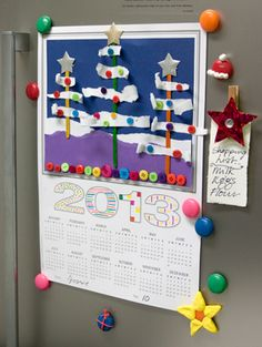A hand decorated calendar for the fridge. Christmas Arts And Crafts, Holiday Crafts For Kids, Christmas Activities, Kindergarten Christmas, Kindergarten Activities, Activities For Kids, Teacher Education, School Teacher, Primary School