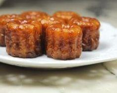 Cannelés bordelais faciles http://www.cuisineaz.com/recettes/canneles-bordelais-faciles-56178.aspx