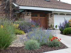 Fabulous Front Yard Rock Garden Ideas (31)