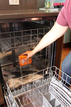 Although it might not be possible to sanitize your complete home in a day, you are able to certainly do it in under a week with your deep cleaning hacks! Diy Dishwasher Cleaner, Cleaning Your Dishwasher, Diy Home Cleaning, Homemade Cleaning Products, Household Cleaning Tips, Household Cleaners, Cleaning Recipes, House Cleaning Tips, Natural Cleaning Products