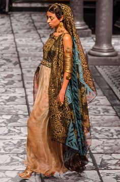 Costumerism - poppies-for-ophelia: Suneet Varma India Bridal...
