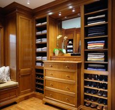 Masculine dressing room with cognac colored cabinetry, built-in shelves, drawers & window seat. Dressing Room Closet, Dressing Room Design, Dressing Rooms, Master Closet, Closet Bedroom, Closet Space, Küchen Design, House Design, Design Ideas
