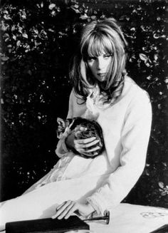 Françoise Dorléac and the Cat....:))