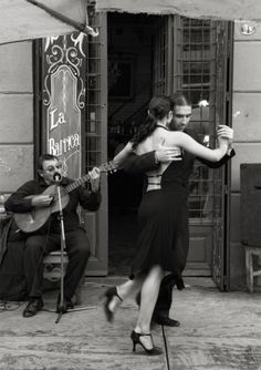 tango. Want to learn and do this in europe. And takers??