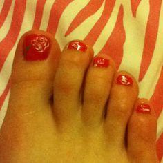 Dandelion toenails<3
