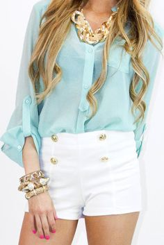 Light blouse and shorts with statement jewellery #trend #fashion #summerlook