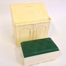 Vintage Pedigree Sindy Doll House Furniture - Bureau Writting Desk
