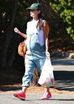 Mila Kunis, Rachel Bilson o Zoe Saldana, las famosas embarazadas del verano 2014 Kelly Rowland, Rachel Bilson, Mila Kunis, Family Goals, Overalls, Hipster, Celebrities, Cute, Pants