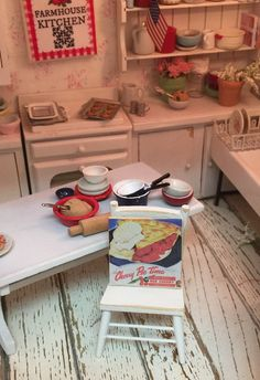 Cherry Pie Vintage Sign Dollhouse Miniature -1:12 Scale