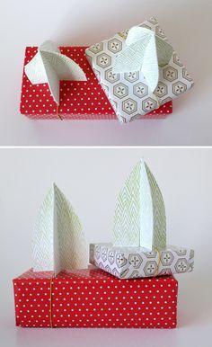 Paper Christmas tree gift toppers — www.shastablasta.com