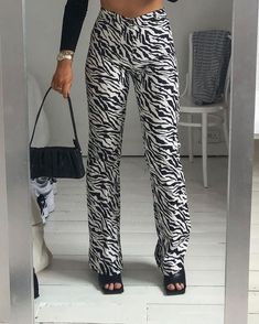 Fashion 2020, Look Fashion, Autumn Fashion, Fashion Women, Korean Fashion, Mode Outfits, Trendy Outfits, Fashion Outfits, Girl Outfits