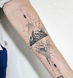 Very pretty black and grey abstract tattoo style of Mountain motive done by artist John Monteiro Forearm Tattoos, Sleeve Tattoos, Tattoo Wade Frau, Moutain Tattoos, Geometric Mountain Tattoo, Tattoo Mountain, Tattoos For Women, Tattoos For Guys, Tattoo Avant Bras