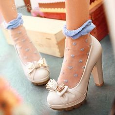 Fashion PU Chunky Heels Platform Women Shoes with Bows