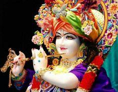 Like wow, wipeout! Radha Krishna Holi, Jai Shree Krishna, Krishna Art, Radhe Krishna, Lord Krishna Images, Radha Krishna Pictures, Hare Krishna Mantra, Krishna Bhagwan, Indian Goddess