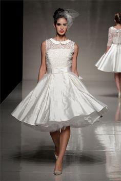 Blu Bridal - Collezione primavera estate 2013 - White Gallery London via -Tendenze 2013: gli abiti da sposa sono corti! - Style.it
