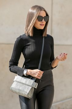 Olivia Culpo seen at Trocadero Plaza . Olivia Culpo seen at Trocadero Plaza Hair Inspo, Hair Inspiration, Pelo Midi, Olivia Culpo Hair, Medium Hair Styles, Curly Hair Styles, Bob Hairstyles, Amazing Hairstyles, Hair Lengths