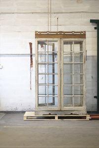 Vintage All-Round Display Cabinet   Artilleriet   Inredning Göteborg