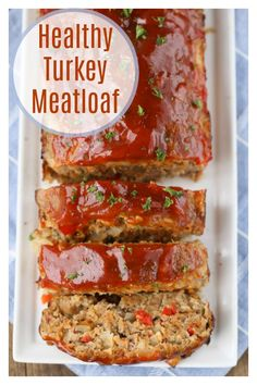 Healthy Turkey Meatloaf - Super Healthy Kids Healthy Turkey Meatloaf - We've put a healthy spin on a classic dish and included tips to make sure it comes out right every time! Ground Turkey Meatloaf, Healthy Turkey Meatloaf, Turkey Loaf, Healthy Meatloaf Recipes, Healthy Turkey Meatballs, Veggie Meatloaf, Ground Turkey Casserole, Ground Turkey Burgers, Gluten Free Meatloaf