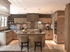 My dream kitchen! Kitchen Dinning, New Kitchen, Kitchen Decor, French Kitchen, Kitchen Interior, Room Interior, Interior Design Living Room, Cuisines Design, Open Plan Kitchen