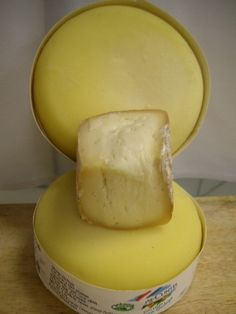 Queso Gallego, a soft, creamy cow's milk cheese from Galicia, Spain.
