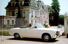 Welcome to the French countryside with the #Peugeot403 cabriolet convertible, born in 1955. #PeugeotZA #PeugeotMiddelburg 403 Cabriolet, Gq, Gran Tour, Peugeot 403, Austrian Grand Prix, American Racing, Jaguar E Type, French Countryside, Four Wheel Drive