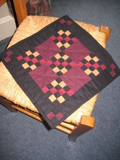 Liz B.- Nov. Amish quilt
