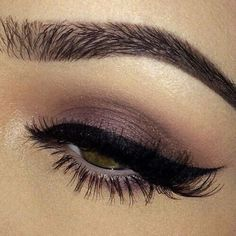 Winged eyeliner and soft eyeshadow for colored eyes!