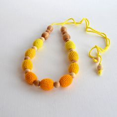 Yellow Gradient Teething Necklace Mothers Day Gift di KattyMarket