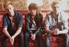 ***NOT ONE DIRECTION RELATED BUT THEY ARE FUCKING BRACKING***Meet The Vamps – UK's New Upcoming Boy Band