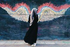 Sebaik-baik perhiasan dunia ialah al maratus shalihah (wanita yang shalihah) :) Hijab Dp, Hijab Niqab, Muslim Hijab, Mode Hijab, Hijab Outfit, Beautiful Muslim Women, Beautiful Hijab, Hijabi Girl, Girl Hijab