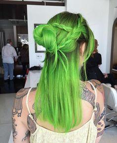 Green Hair-LOVE, LOVE, LOVE! ❤ If you  this you will ❤❤❤ @BellaBellaKiya go follow her ❤