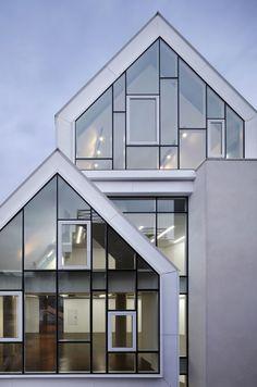 색다른 콘셉트로 아름다운 건축물을 만드는 로 디자인한국의 건축 스튜디오들의 뛰어난 디자인은 해외에서...