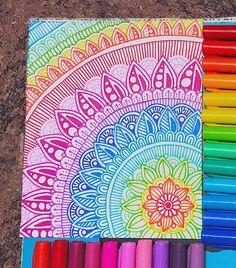 Mándala copado para mueble Doodle Art Drawing, Mandalas Drawing, Zentangle Drawings, Art Drawings Sketches, Sharpie Drawings, Easy Mandala Drawing, Doodling Art, Sharpie Doodles, Nature Drawing