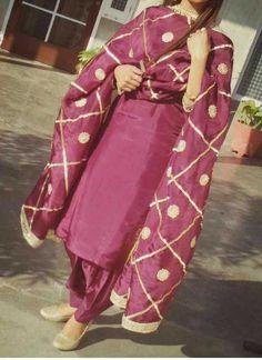 Bridal Suits Punjabi, Designer Punjabi Suits Patiala, Punjabi Suits Party Wear, Punjabi Suits Designer Boutique, Boutique Suits, Indian Designer Suits, Pakistani Dress Design, A Boutique, Salwar Suits