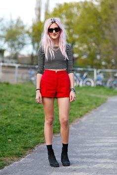 red shorts & pink hair in Berlin. pay that. #DressUpJess