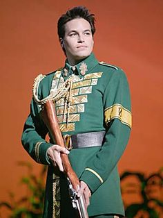 Cliffton Hall as Fiyero (hubba hubba) I absolutely LOVE him as Fiyero! Gregory Maguire, Wicked Costumes, Wicked Witch, Phantom Of The Opera, Show Photos, Friends Family, Love Him, Musicals, Broadway Shows