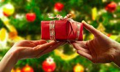 10 Reglas de Etiqueta para Dar y Recibir un Regalo de Navidad