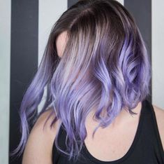 View our gallery for more such amazing lob haircut ideas, and get one done right away to add that spark in your look. what is a lob haircut? Lob Haircut, Lob Hairstyle, Hairstyles Haircuts, Cool Hairstyles, Short Purple Hair, Lilac Hair, Lavender Hair Tips, Short Lavender Hair, Long Hair
