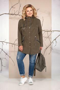 Cool Street Fashion, Street Style, Over 50 Womens Fashion, Fashion Details, Blouses For Women, Plus Size Fashion, Military Jacket, Fashion Dresses, Trousers