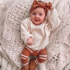 .copper pearl Cute Baby Girl Outfits, Knitted Headband, Little Girl Fashion, Easy Gifts, Girl Style, Baby Gear, Print Patterns, Cute Babies, Camel