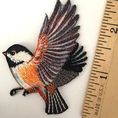 Chickadee Bird Patch / Embroidered Applique – The Button Bird - Santa Fe Fabrics Bird Applique, Bird Embroidery, Simple Embroidery, Embroidery Patches, Hand Embroidery Patterns, Beaded Embroidery, Embroidered Bird, Thread Art, Quilling Patterns