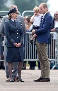 Prince William and Prince George meet @carolvorders whilst at @airtattoo