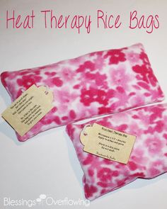Heat Therapy Rice Bags Heat Therapy Rice Bags Heat Therapy Rice Bag Tutorial<br> This simple tutorial will show you how to sew your own microwavable heat therapy rice bag. These rice bags are a great alternative to electric heating pads. Easy Sewing Projects, Sewing Projects For Beginners, Sewing Hacks, Sewing Tutorials, Sewing Crafts, Sewing Tips, Sewing Ideas, Sewing Patterns, Bags Sewing