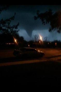 Tornado in der Nacht