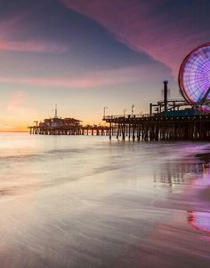 Sunset at Santa Monica Pier, California Santa Monica, Places To Travel, Places To See, San Diego, Road Trip, Wanderlust, California Dreamin', Ciel, Beautiful Places