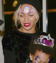 Beyonce at Blue Ivy's 2nd birthday 2014