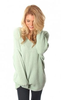 I can feel the coziness from just looking at this sweater!!! Riffraff | Top Shop#shopriffraff #riffraffdreamcloset